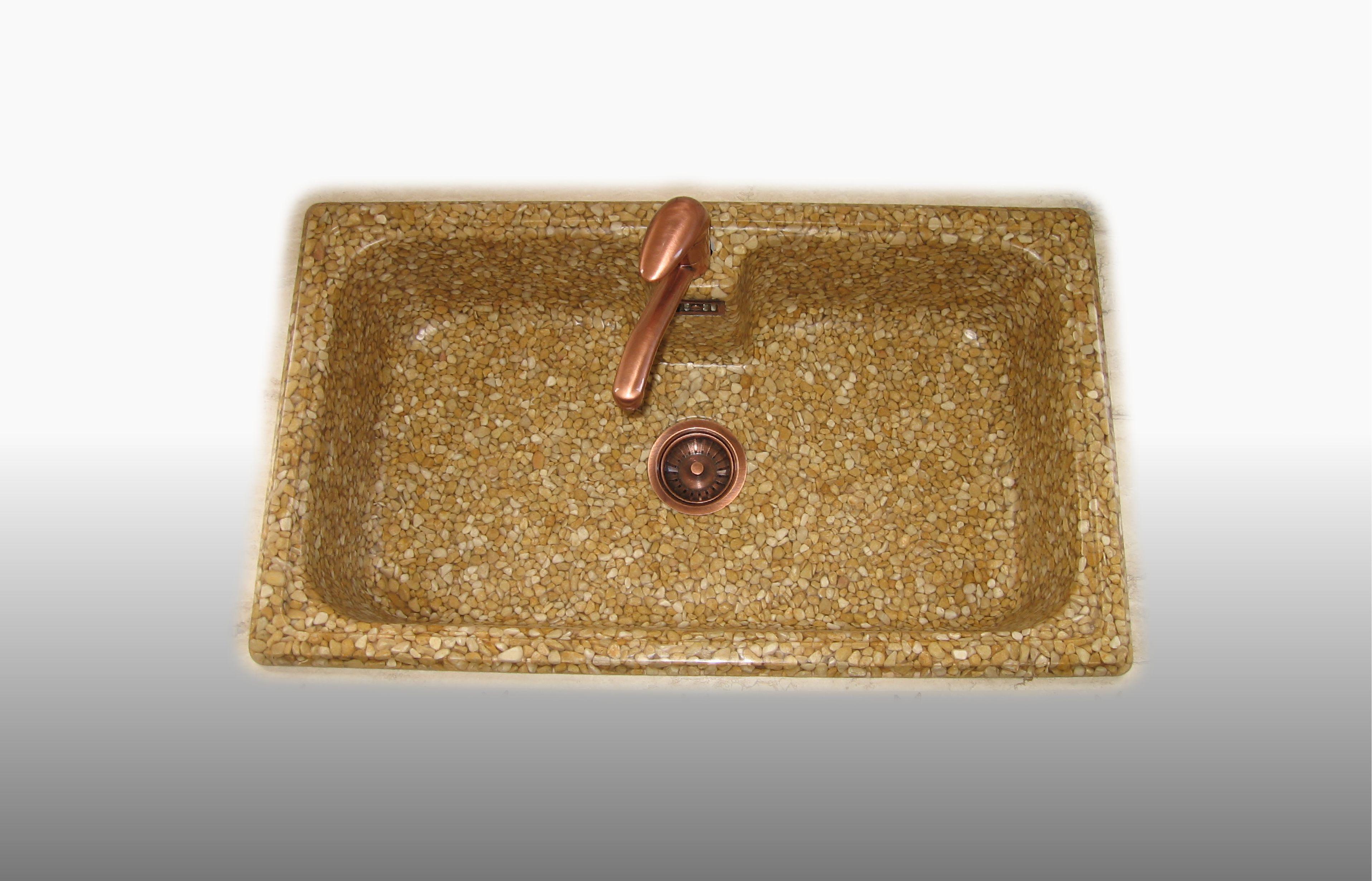 Lavello  in ciottoli Giallo mori e resina trasparente (solo lavello) misura 86x50 cm - prezzo 360,00 - 475 €